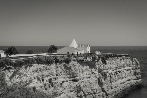 Kapelle auf den Klippen