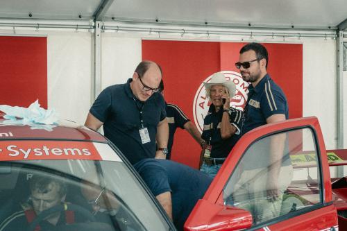 Arturio Merzario in der Alfa Romeo-Box
